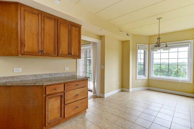6655 S Cass Ave Westmont IL Realtor10