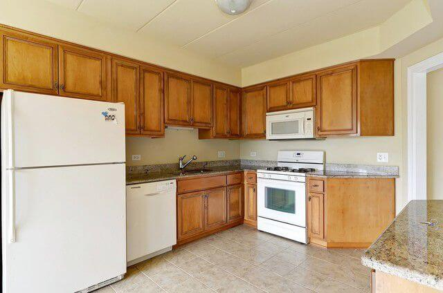6655 S Cass Ave Westmont IL Realtor13